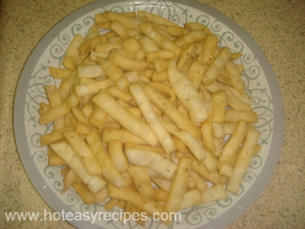 Holi recipes in hindi archives meghna cooking blog maida namkeen recipe forumfinder Image collections